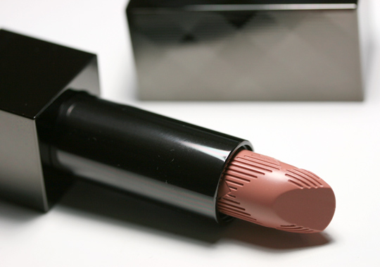 burberry-makeup-burberry-beauty-reviews-swatches-photos-lip-cover-soft-satin-lipstick-nude-beige